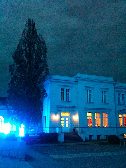 Dusk at Hamburger Bahnhof