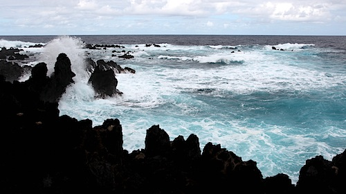 Surf at Laupahoehoe